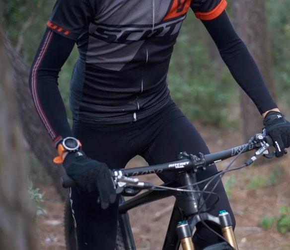 camisetas interiores térmicas para bici